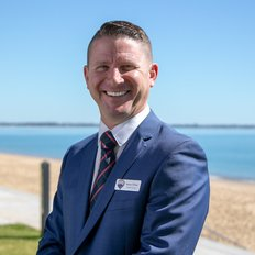 Reece O'Brien, Sales representative