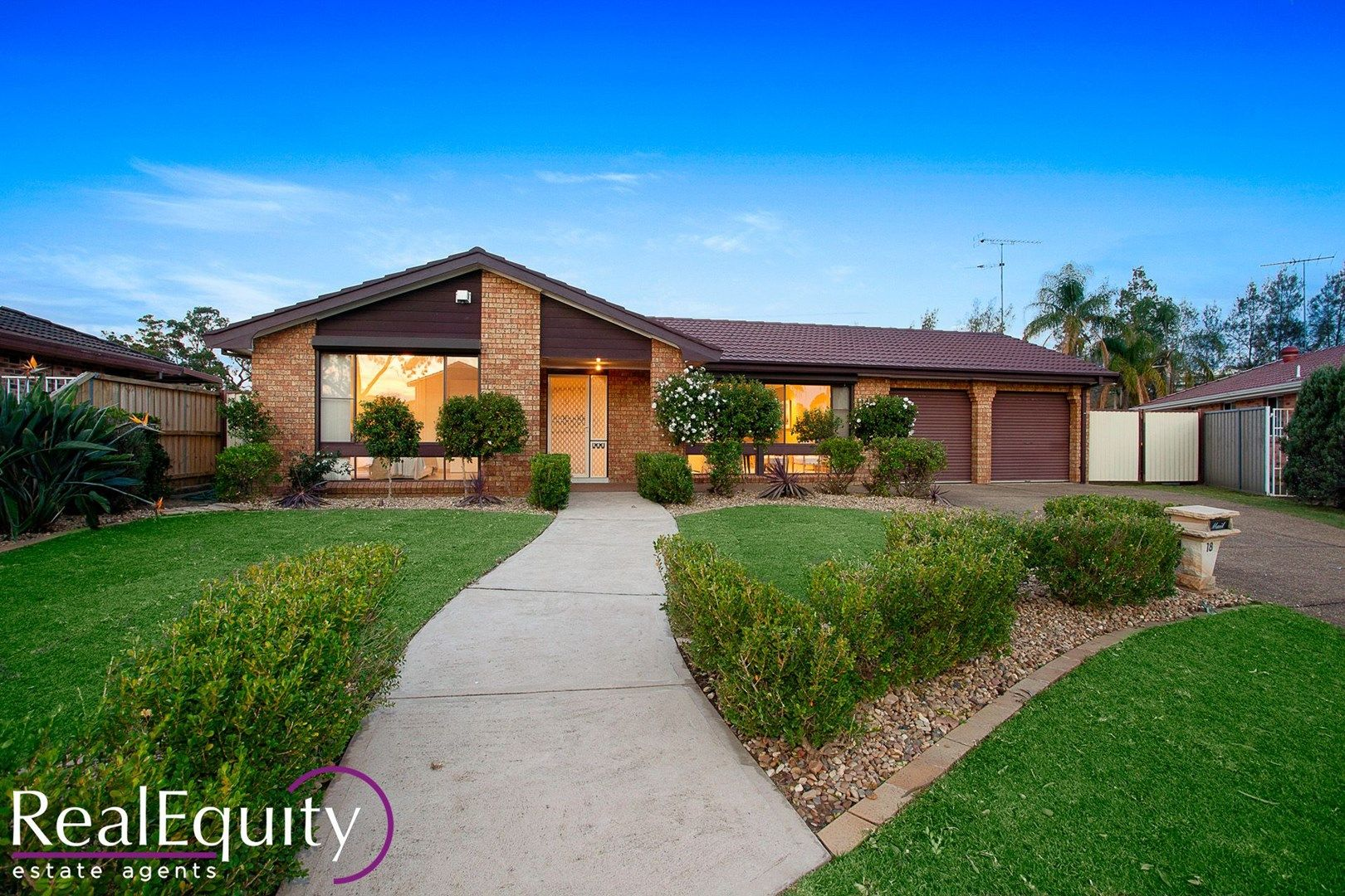 18 Aylesbury Crescent, Chipping Norton NSW 2170, Image 1