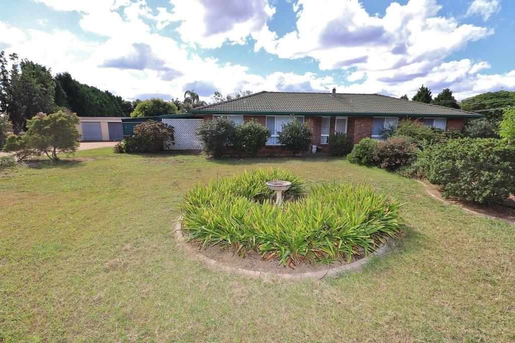 12 BELLAVISTA AVENUE, Kingaroy QLD 4610, Image 0