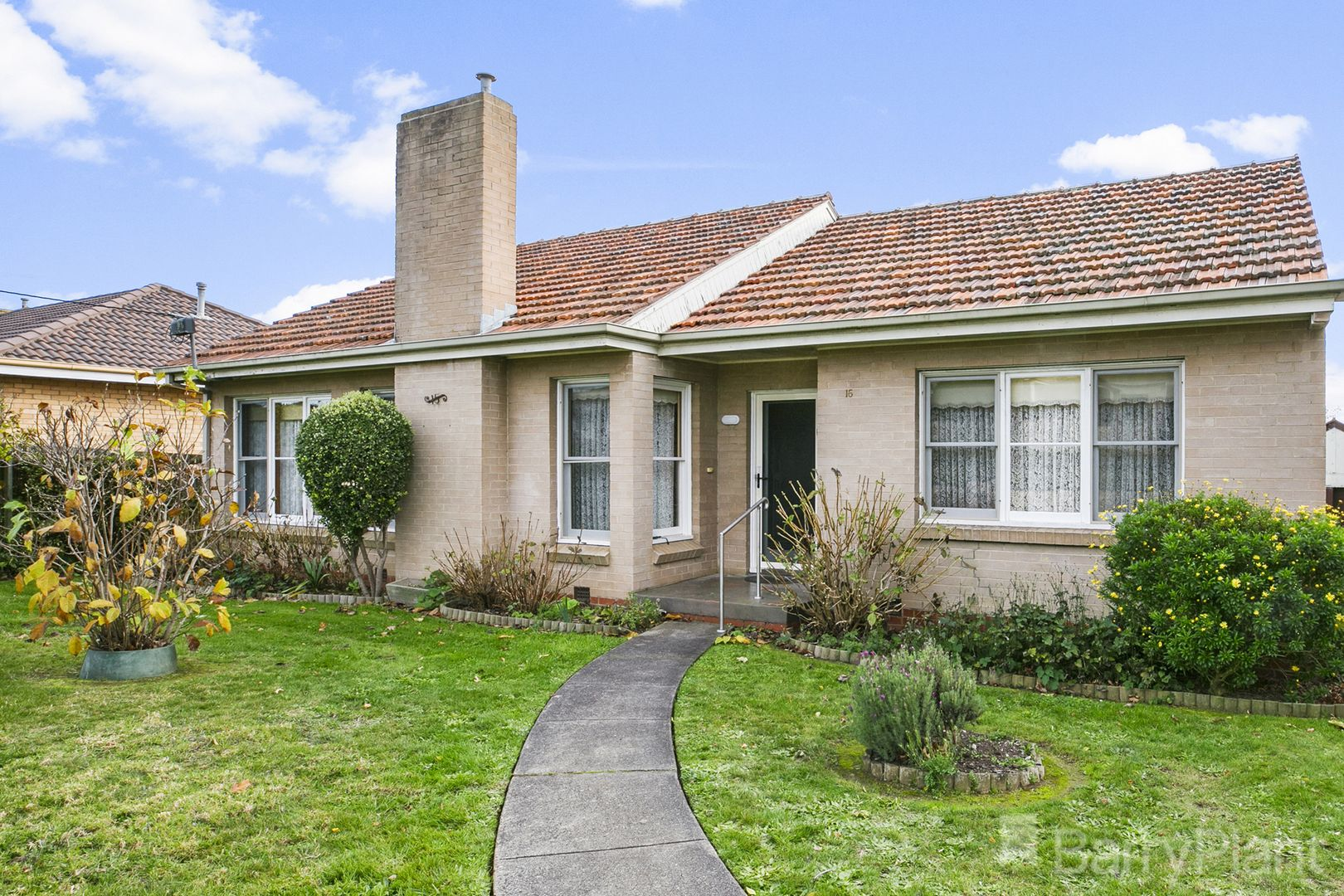 15 Young Street, Drouin VIC 3818, Image 2