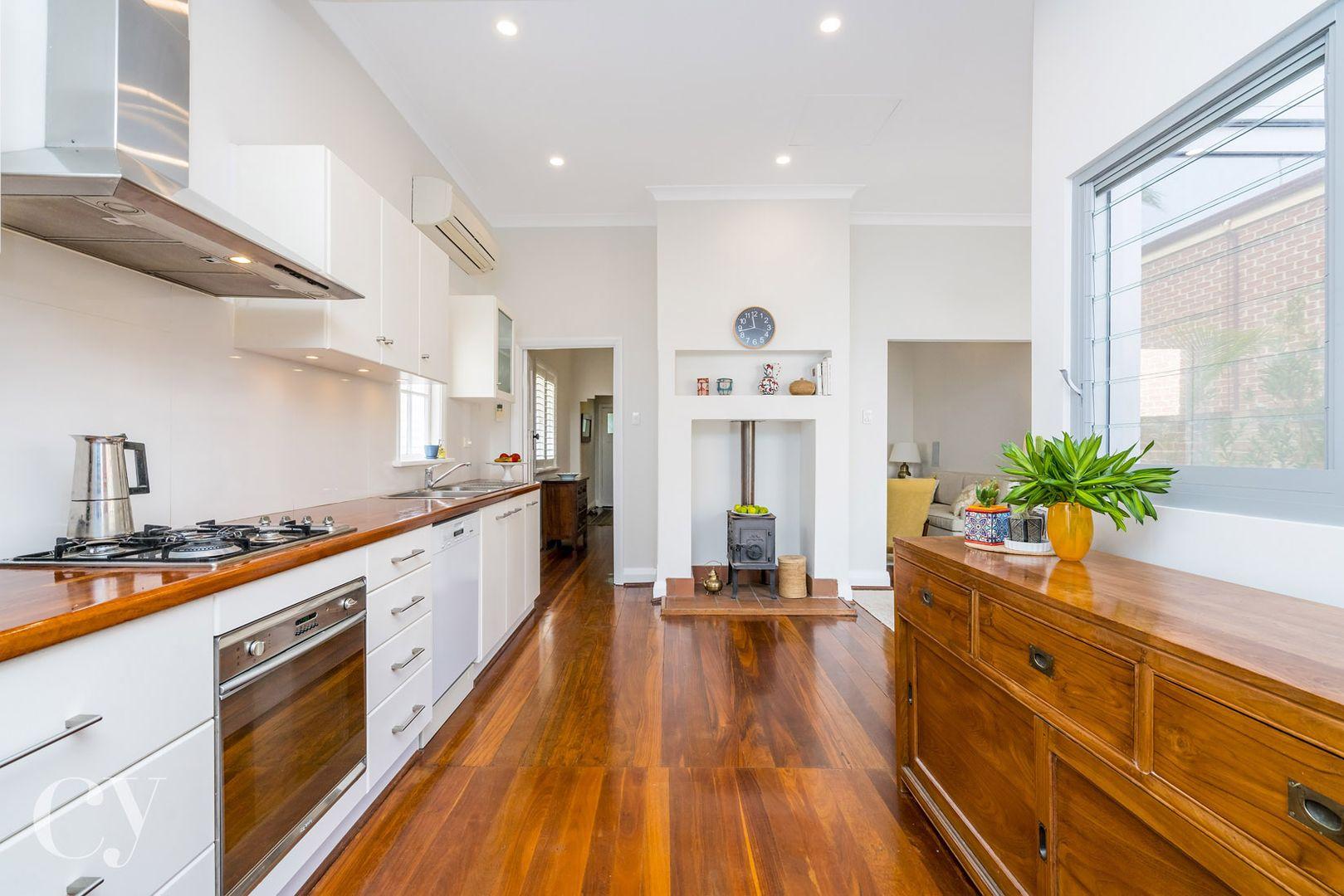 35 Swanbourne Street, Fremantle WA 6160, Image 0