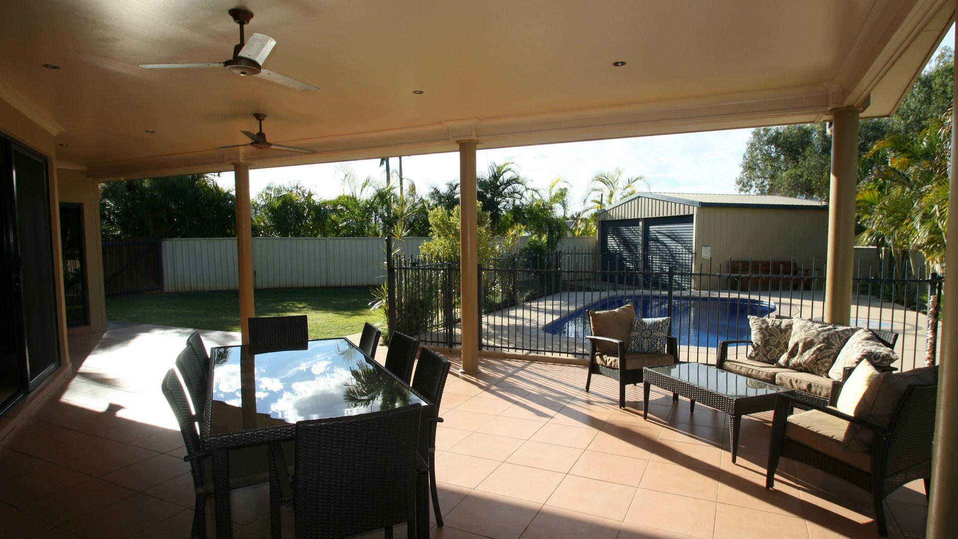 4 Stephanie Court, Emerald QLD 4720, Image 2