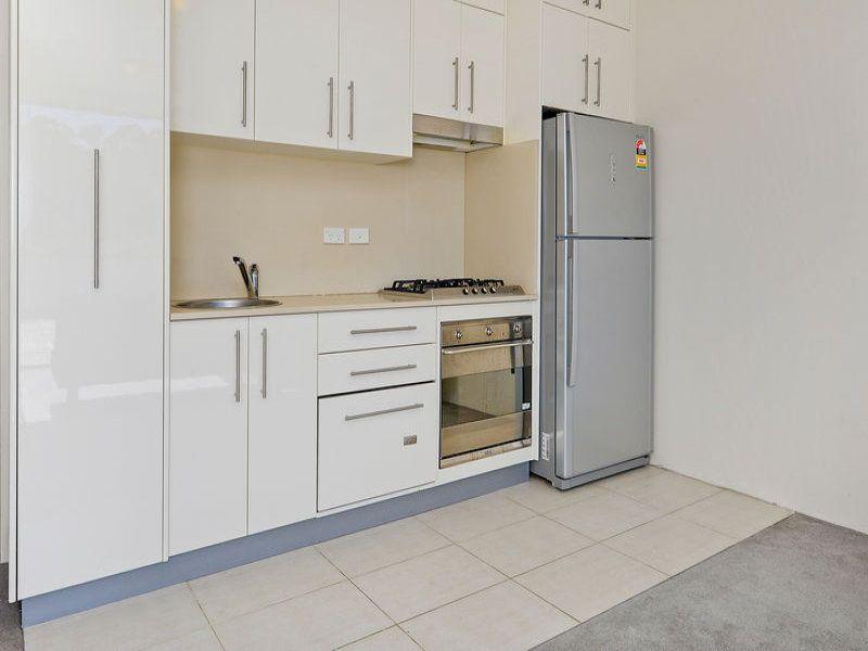 17/28-36 Nursery Street, Hornsby NSW 2077, Image 1