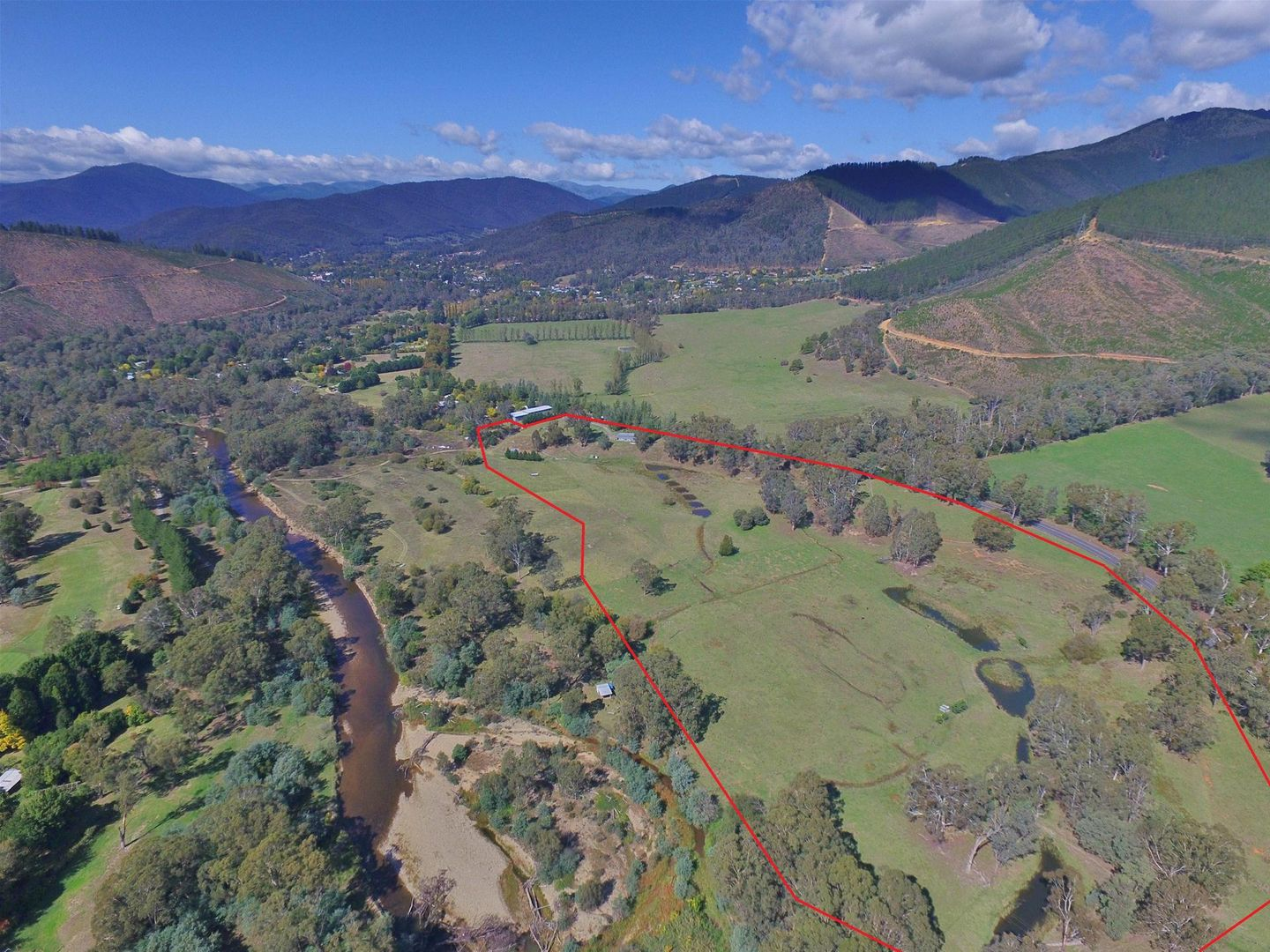 7369 Great Alpine Road, Bright VIC 3741, Image 1