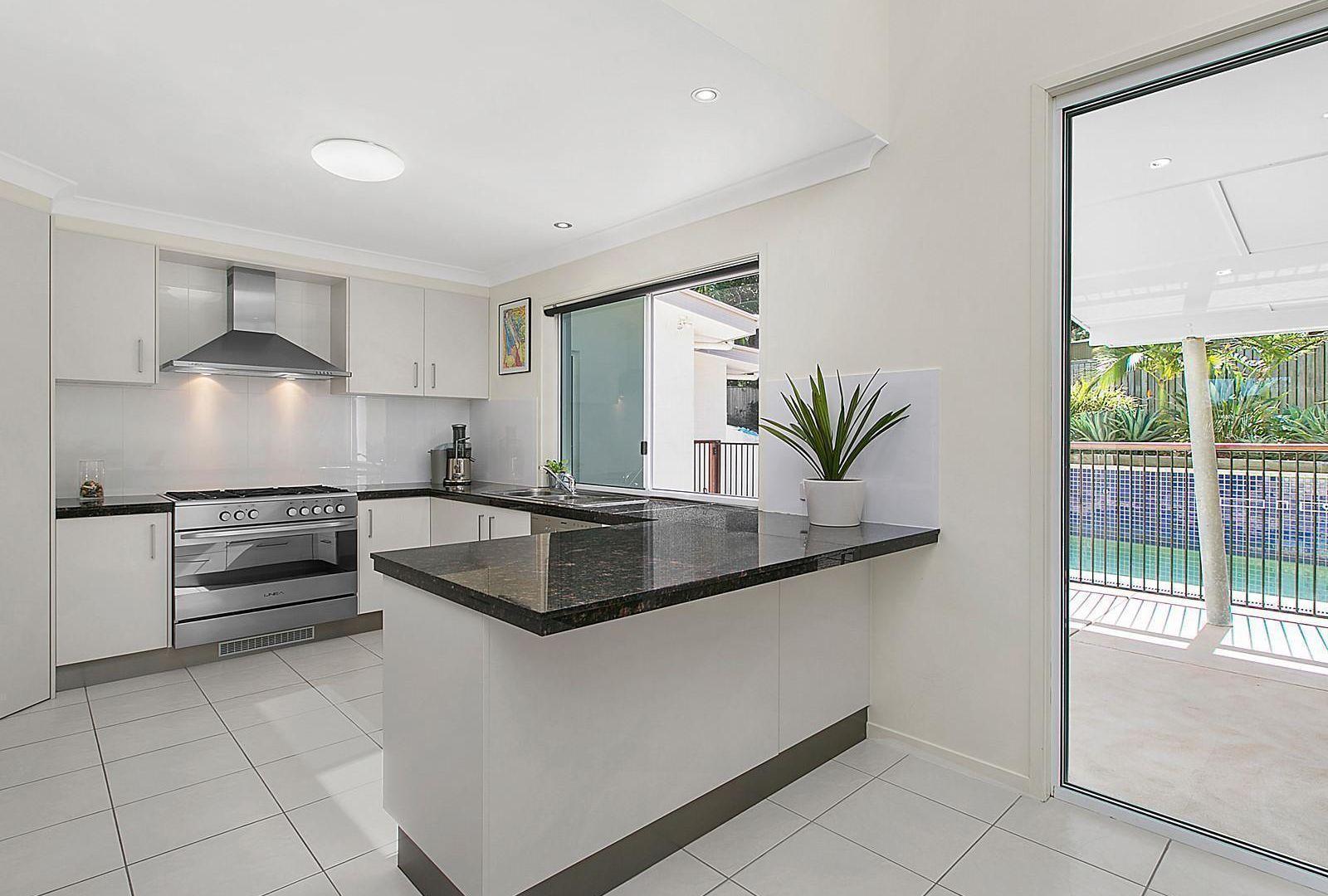 12 Goomburra Place, Buderim QLD 4556, Image 2