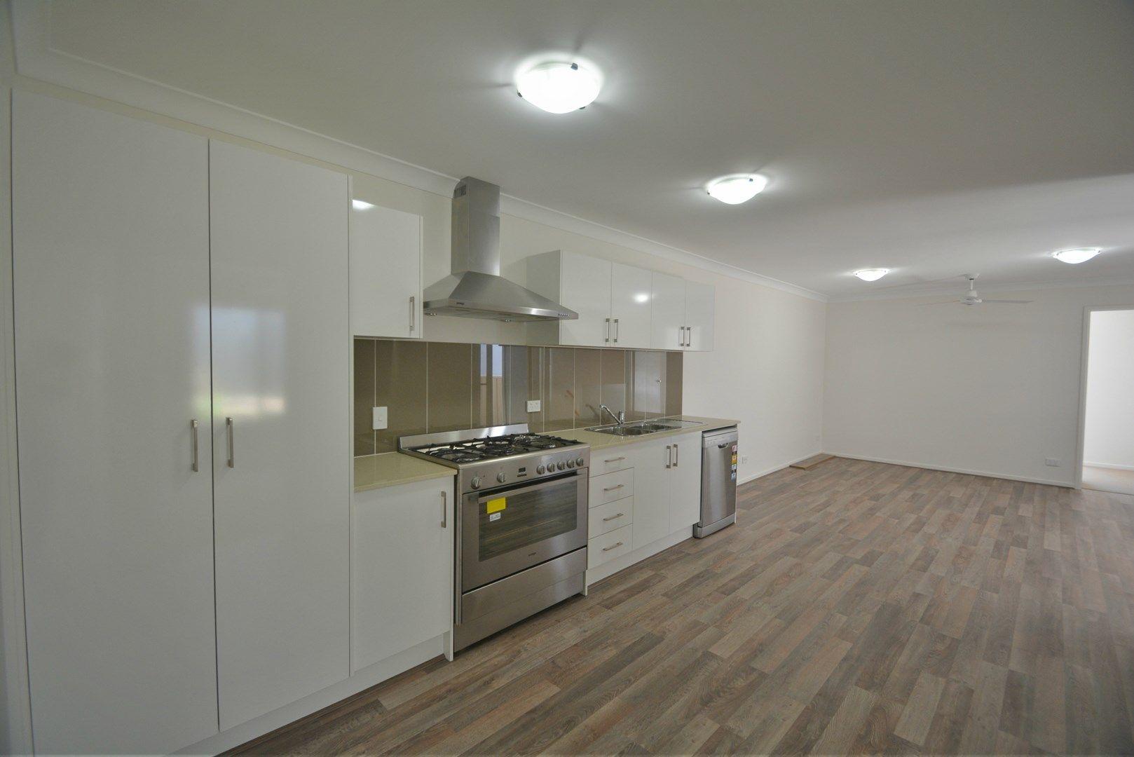 1/12 Carlin Street, Glenvale QLD 4350, Image 0