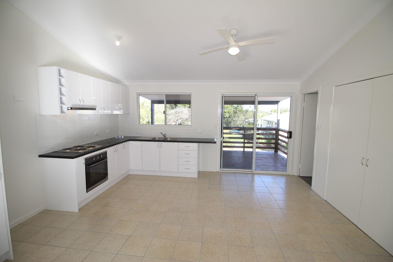 16 Ashton Street, Macleay Island QLD 4184, Image 1