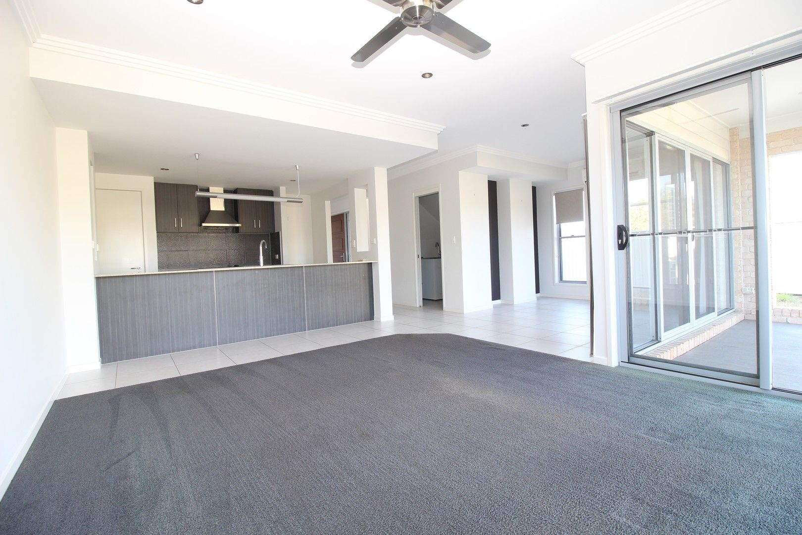 Villa 6 20/24 Mooney Crescent (The Vybe), Emerald QLD 4720, Image 0