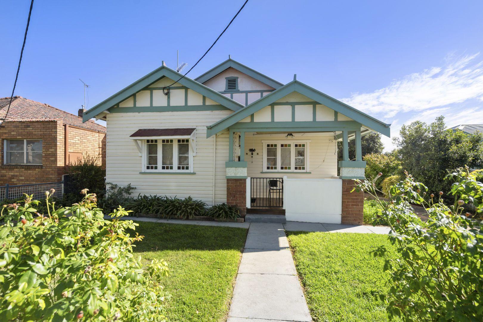 67 Polaris Street, Temora NSW 2666, Image 1