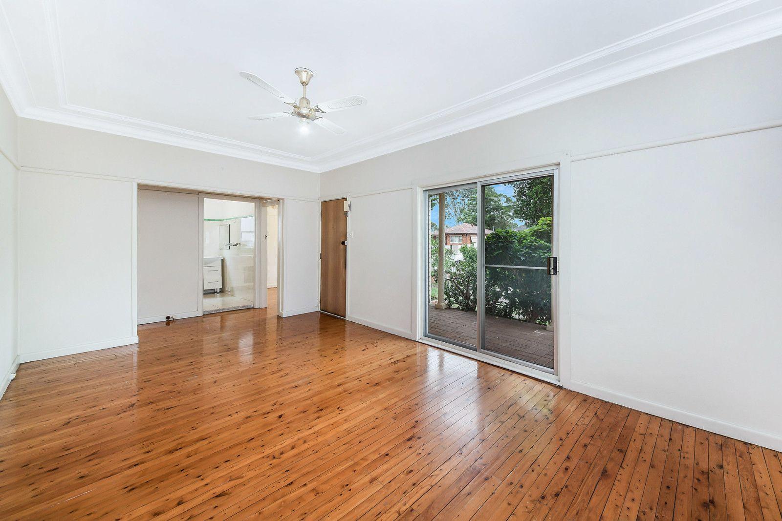 9 Bonham Street, Canley Vale NSW 2166, Image 2
