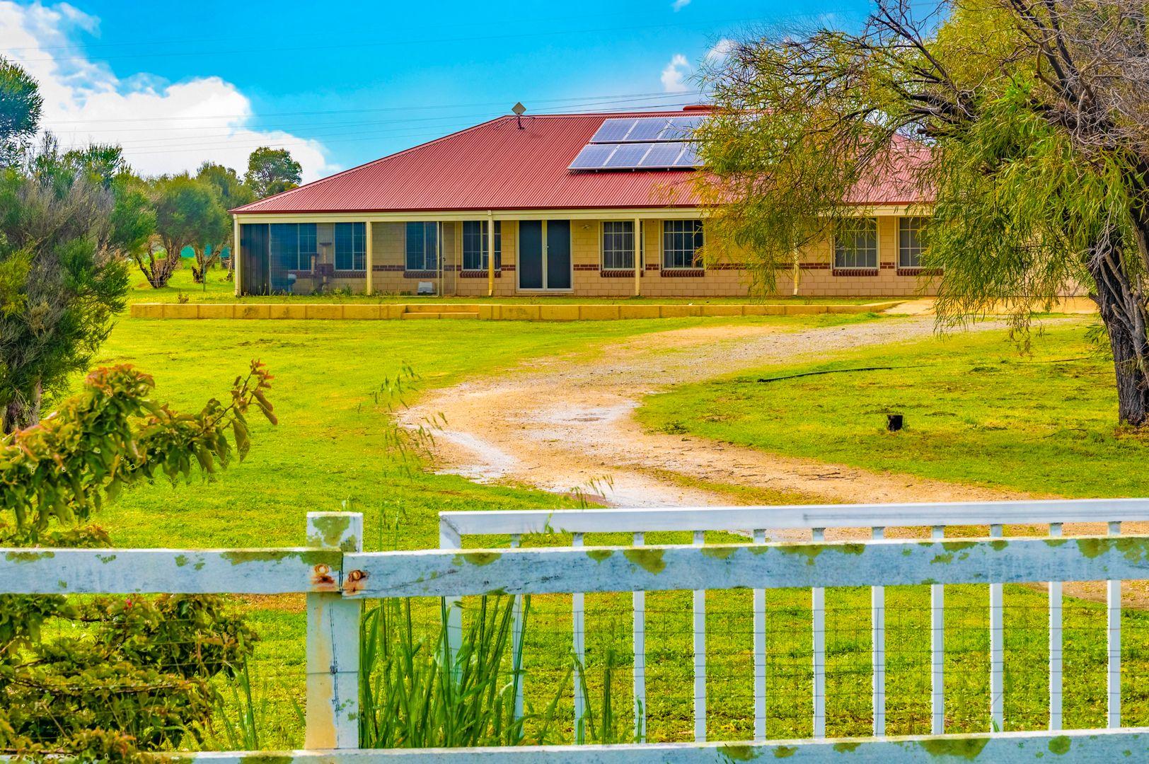 112 greyhound retreat, Nambeelup WA 6207, Image 0