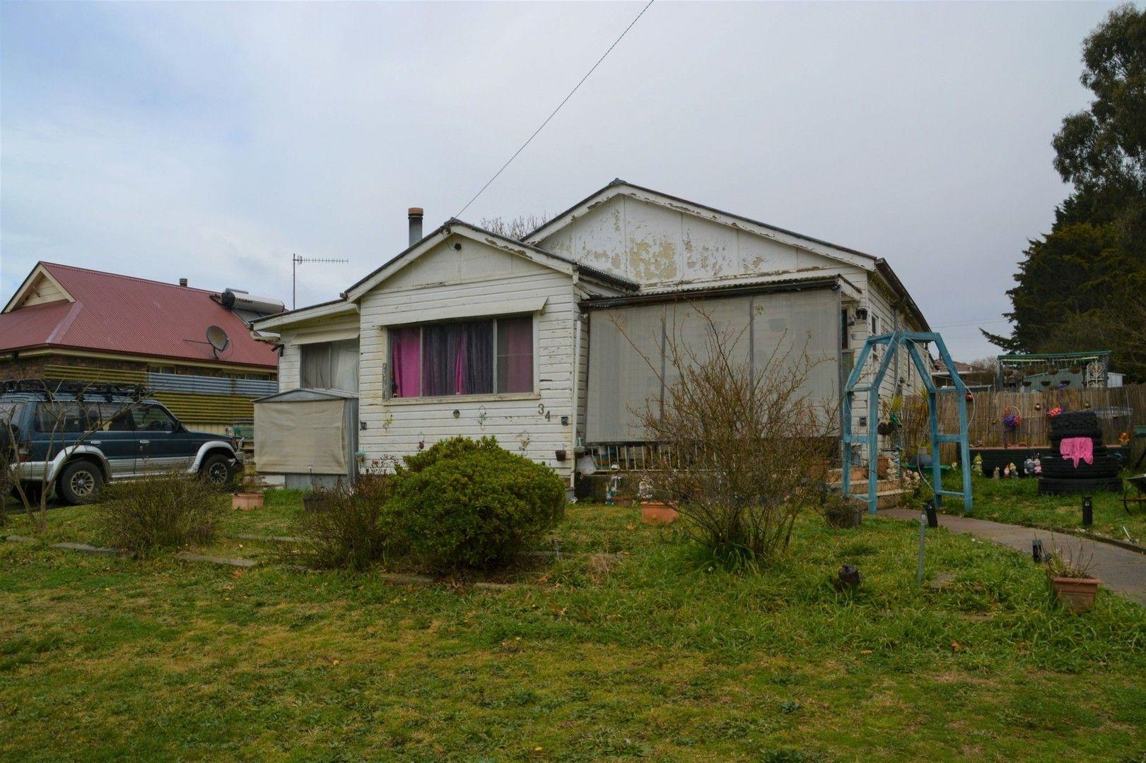 34 WEST AVENUE, Glen Innes NSW 2370, Image 0