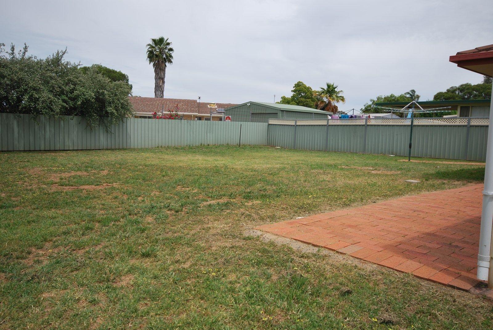 10 Eumung Street, Dubbo NSW 2830, Image 11