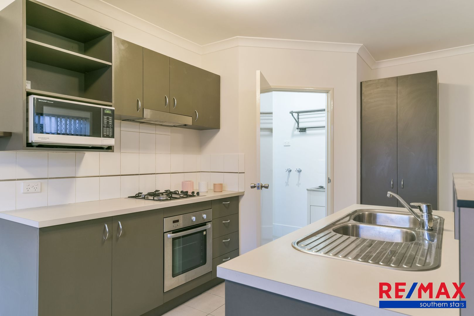 27 Merian Close, Bentley WA 6102, Image 2
