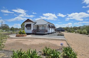 Picture of 98 Goomburra Street, Hendon QLD 4362