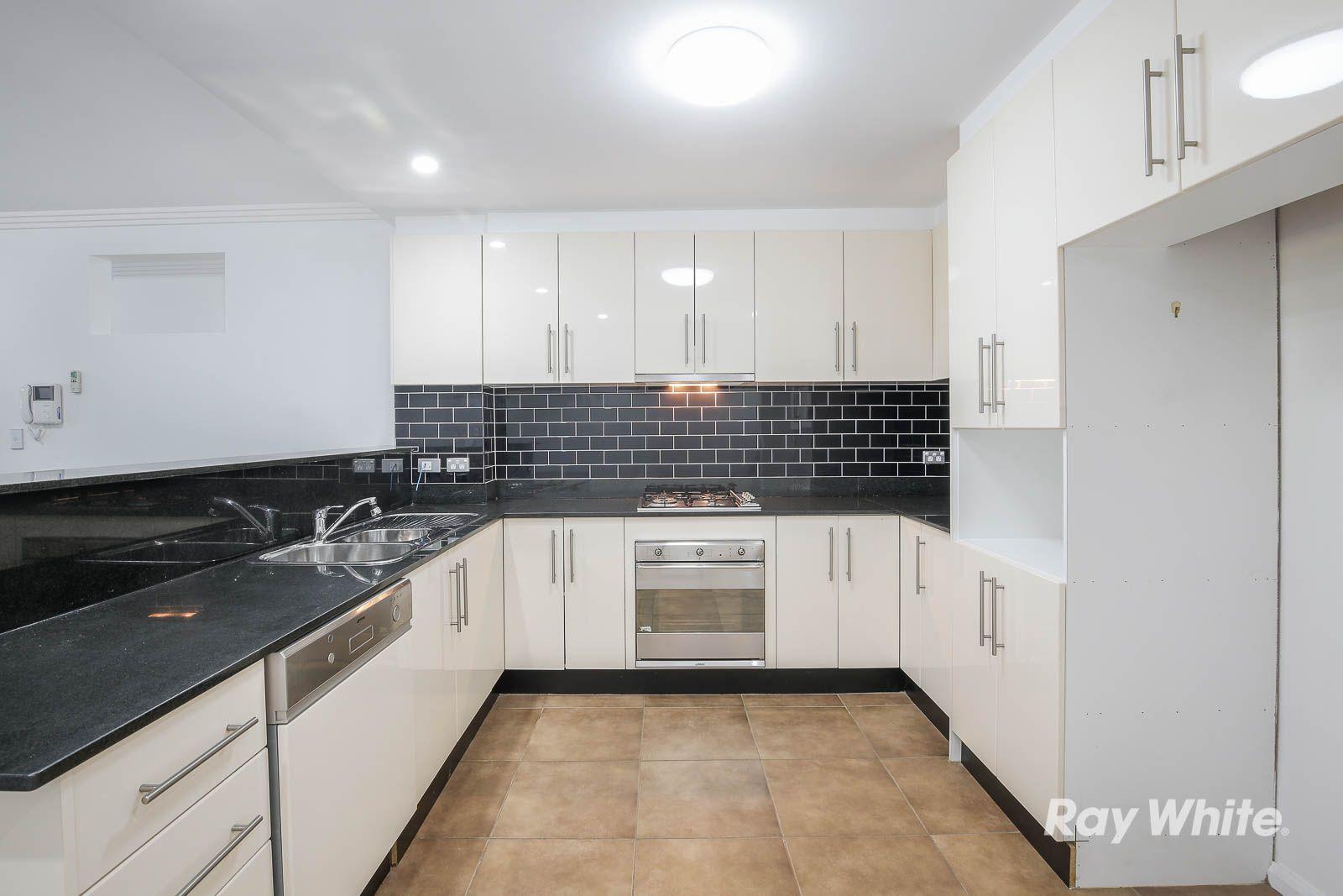 30/4-6 Mercer Street, Castle Hill NSW 2154, Image 2