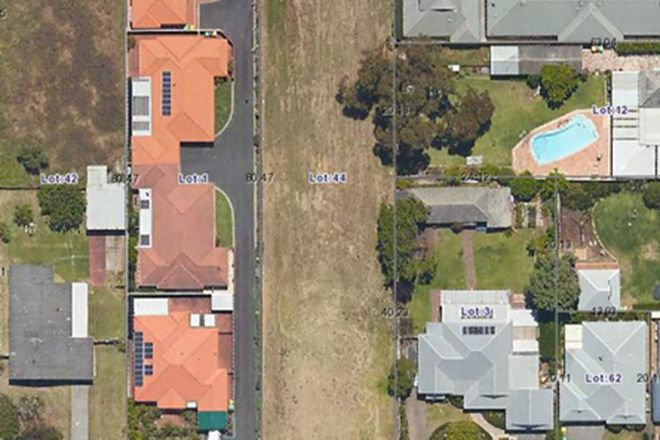 Picture of 32 Consitution Street, SOUTH BUNBURY WA 6230