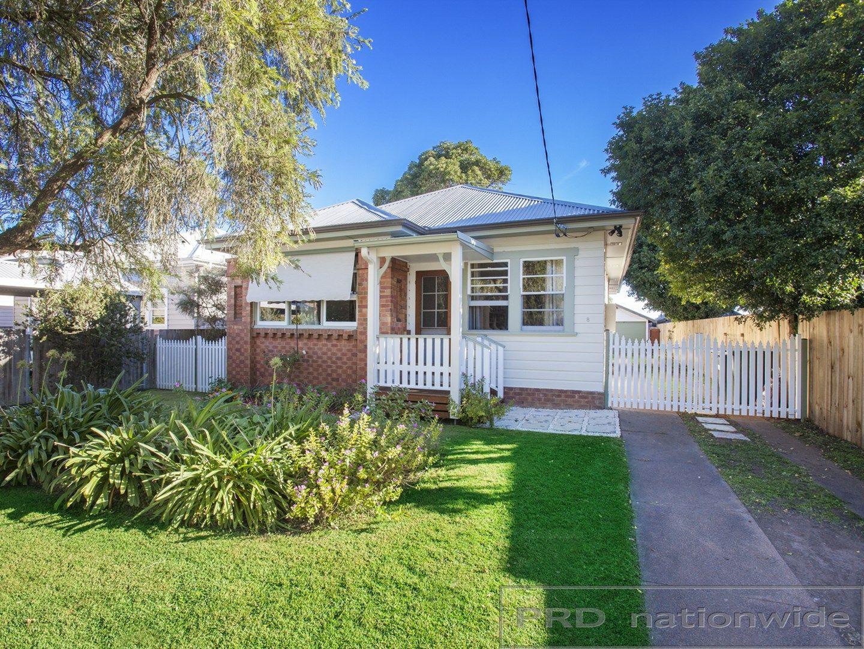 8 Nichols Street, Lorn NSW 2320, Image 0