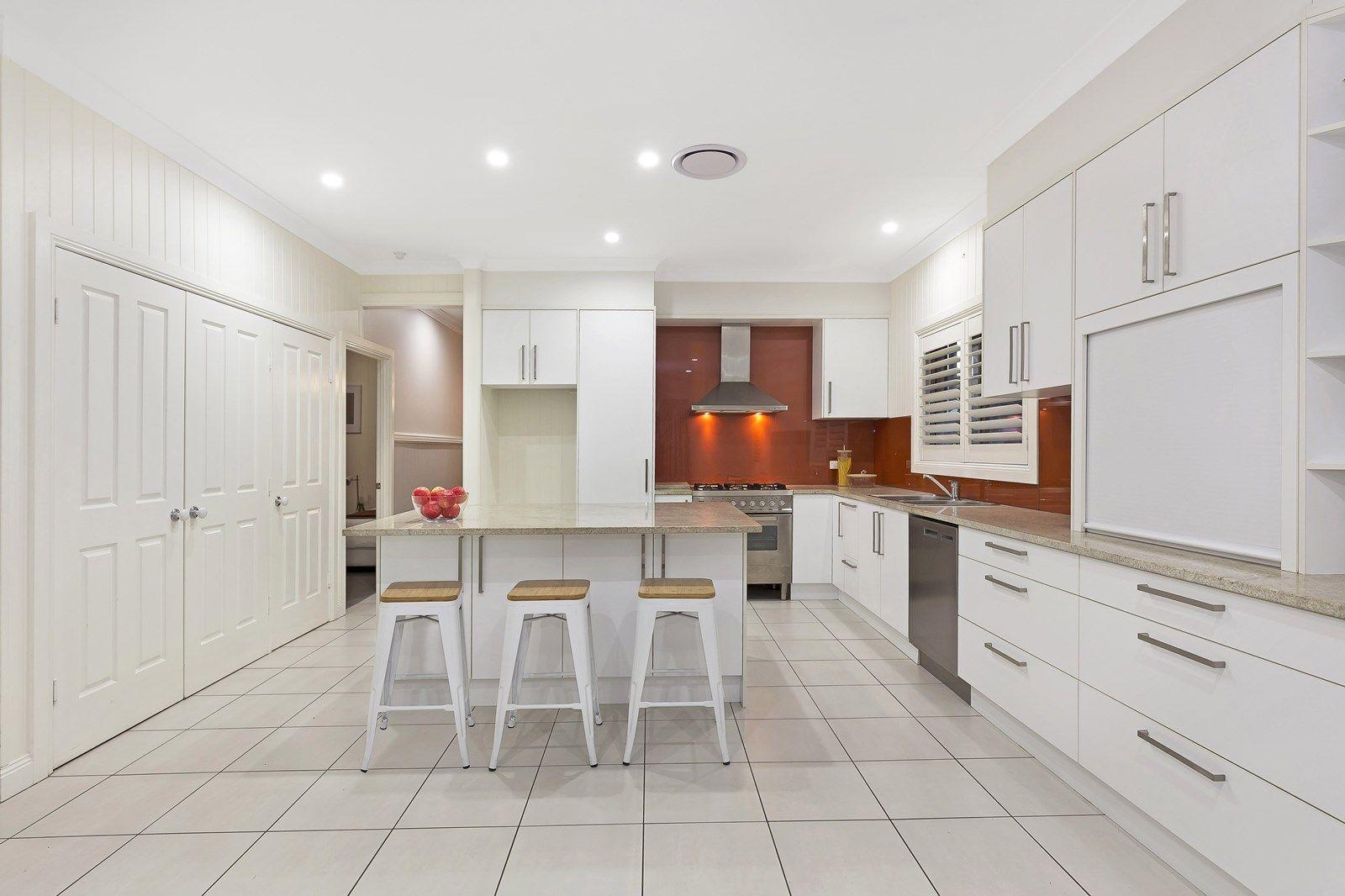 3 Mars Street, Coorparoo QLD 4151, Image 2