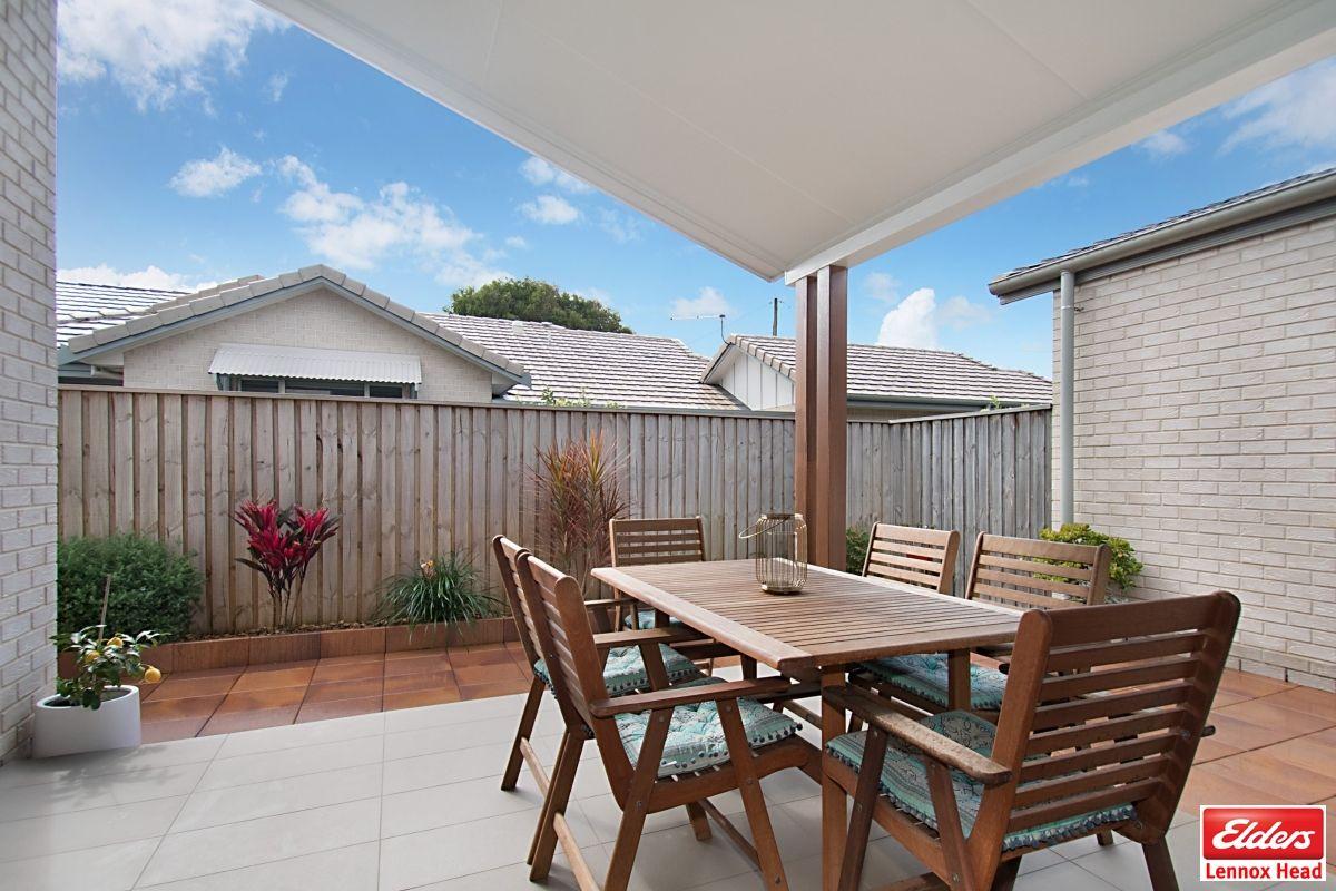 2/18 Gibbon Street, Lennox Head NSW 2478, Image 2