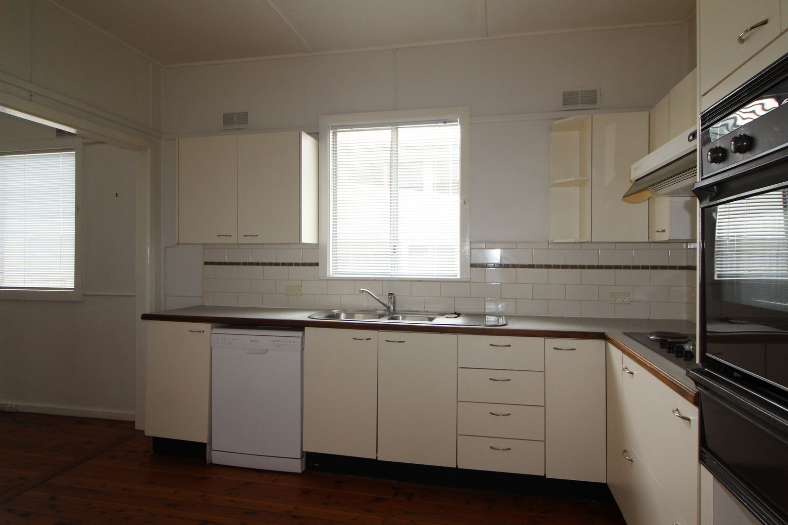 183 Trafalgar Ave, Umina Beach NSW 2257, Image 1