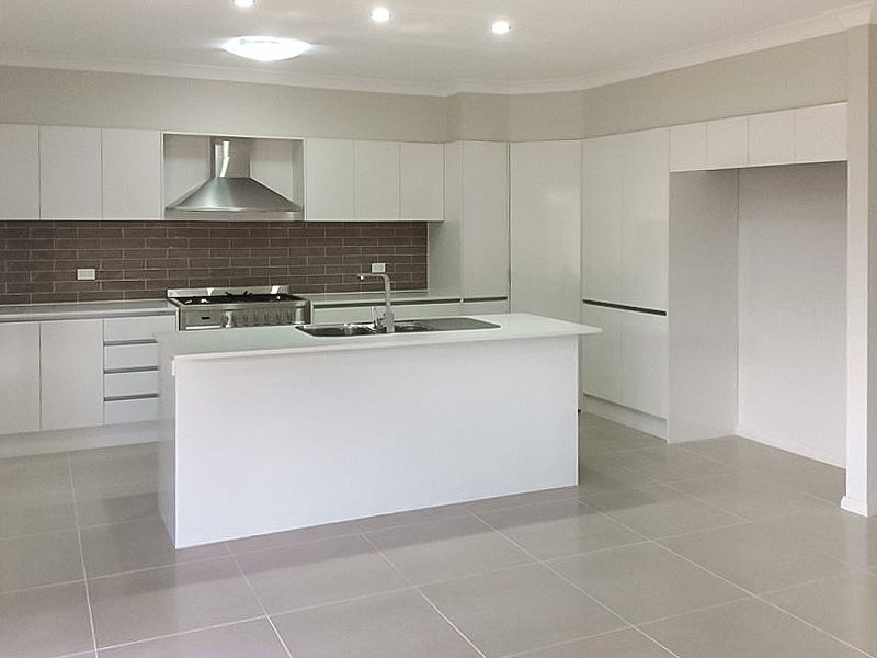 30 Server Avenue, Jordan Springs NSW 2747, Image 0