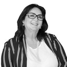 Veronika Princeton-Hall, Sales representative