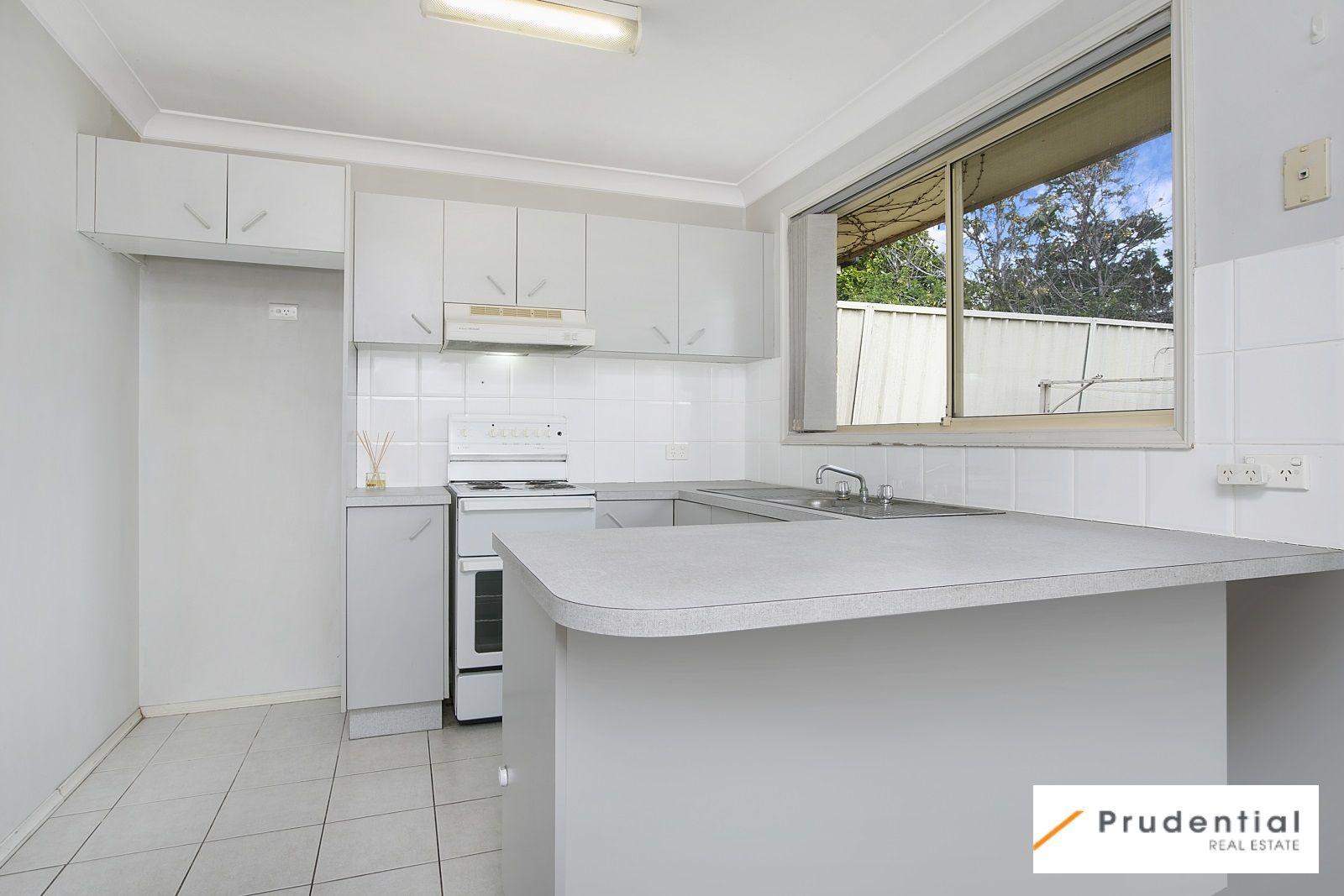 4/17 Wyangala Crescent, Leumeah NSW 2560, Image 2