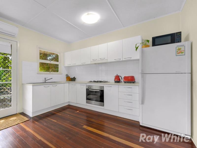 2/100 Hall Street, Alderley QLD 4051, Image 2