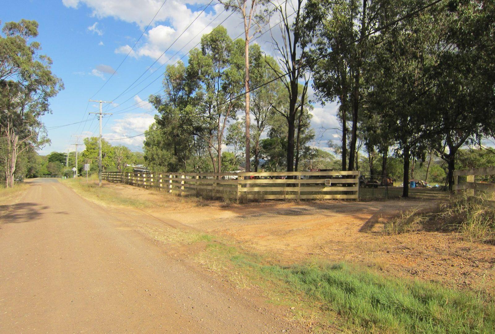 300 Pine Mountain Road, Muirlea QLD 4306, Image 2