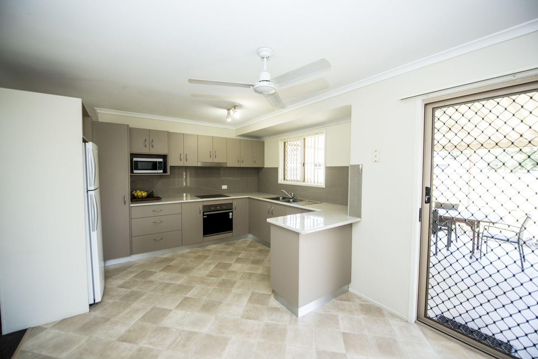 3 Waratah Street, Beaconsfield QLD 4740, Image 2