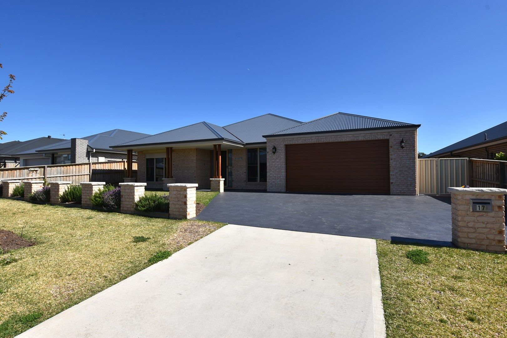 17 Turner Way, Renwick NSW 2575, Image 0