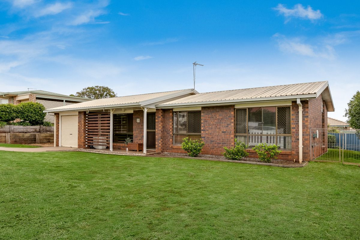 7 McIvor Street, Kearneys Spring QLD 4350, Image 1