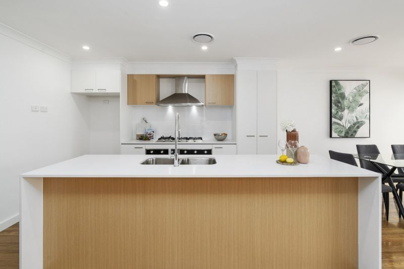 56 Kingsdale Avenue, Catherine Field NSW 2557, Image 0