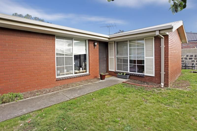 1/15 Isabella Street, Geelong West VIC 3218, Image 0