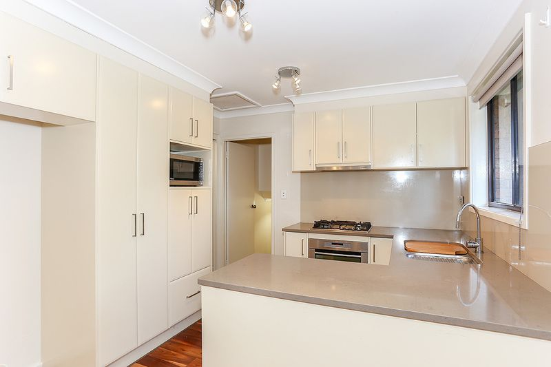 10 Myall Place, Singleton NSW 2330, Image 2