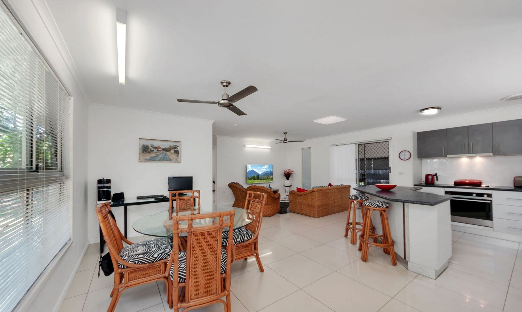 10 Queensborough Close, Trinity Park QLD 4879, Image 1