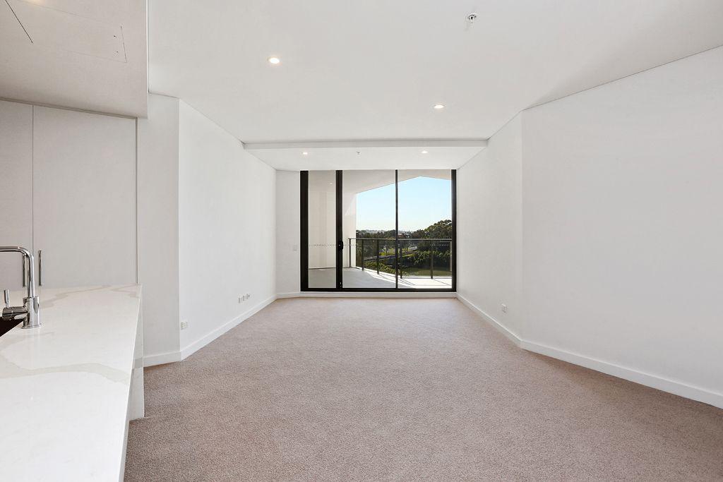407/2 Chisholm Street, Wolli Creek NSW 2205, Image 2