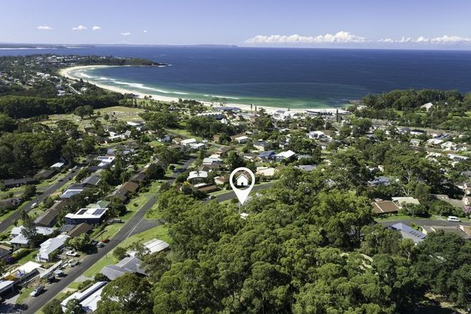 Picture of 6 Seaview Street, MOLLYMOOK NSW 2539