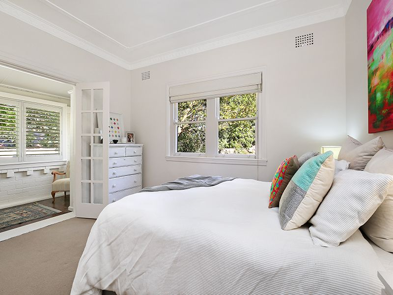 1A Angus Avenue, Lane Cove NSW 2066, Image 2
