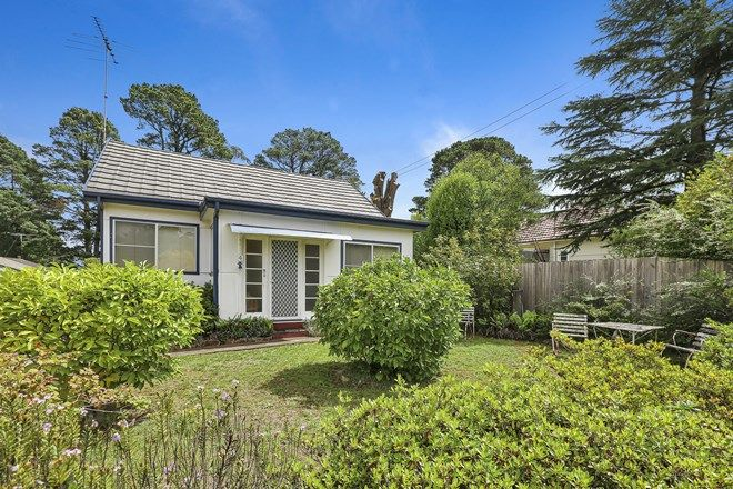 Picture of 4 Eveleigh Avenue, BLACKHEATH NSW 2785