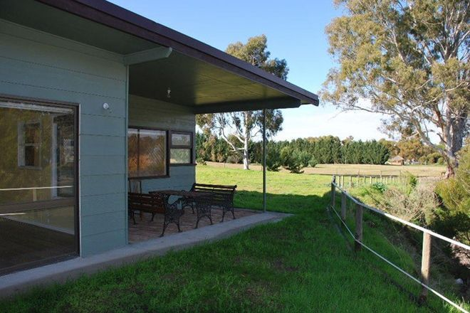 Picture of 74 Quicks Road, BAROOGA NSW 3644