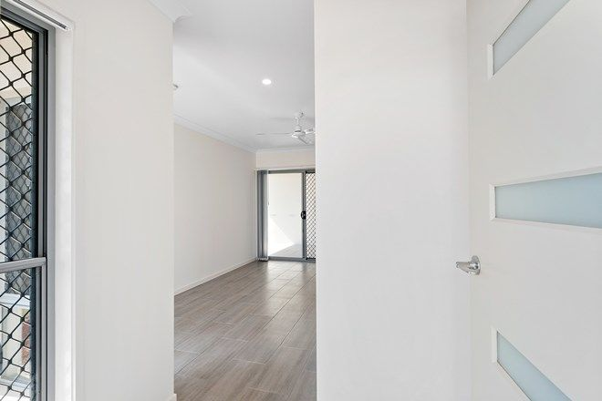 Picture of 2/22 Samuel Walker Street, BARINGA QLD 4551