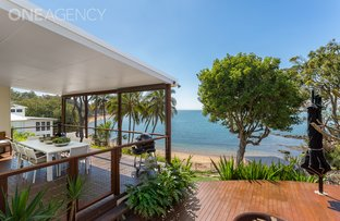 16 Whytecliffe Parade, Woody Point QLD 4019
