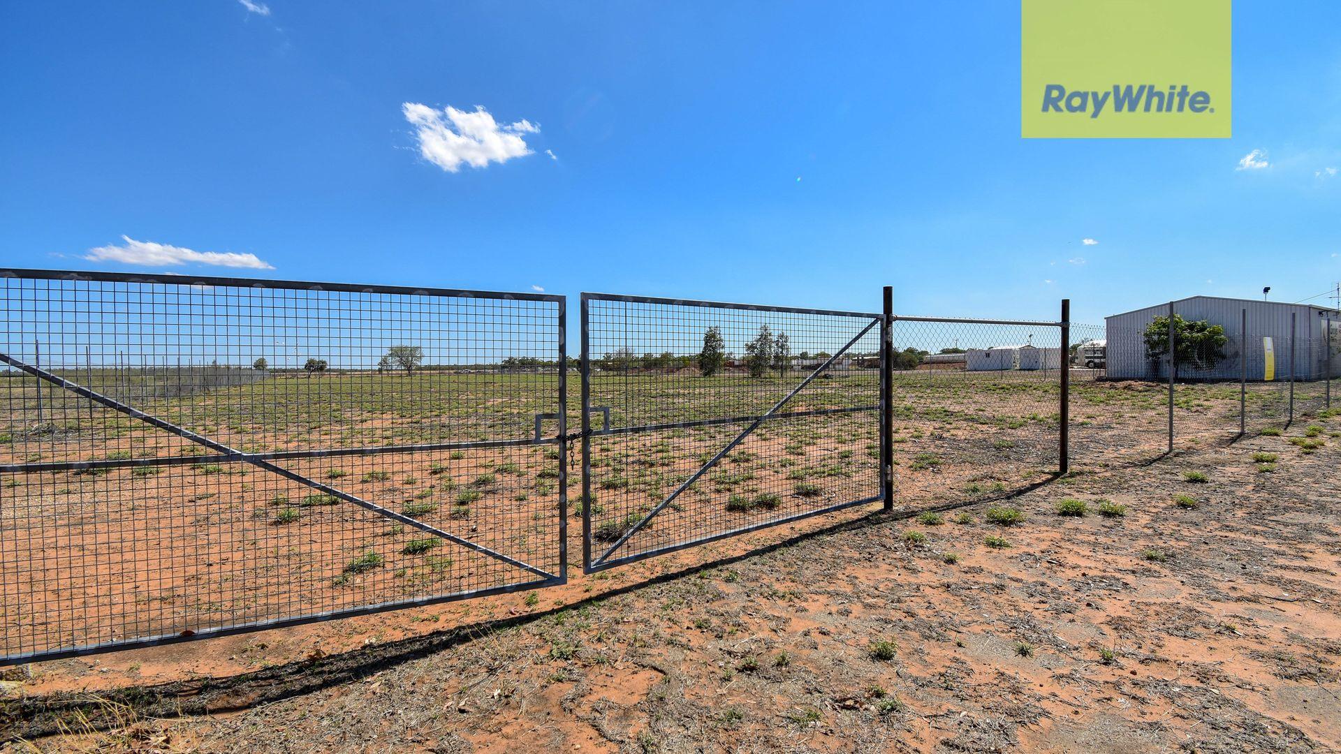 11 Lancewood Drive, Barcaldine QLD 4725, Image 1