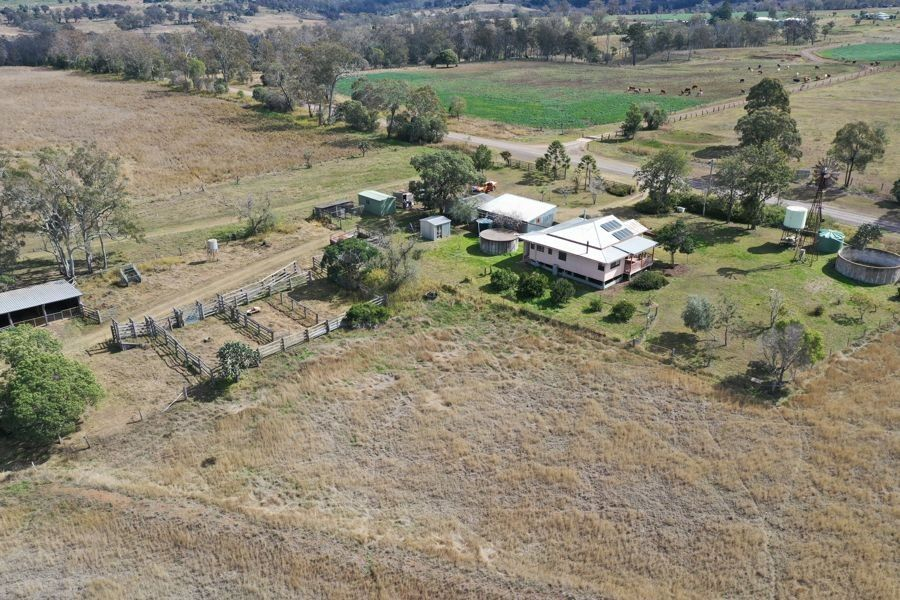108 Thuns Road, Goombungee QLD 4354, Image 2