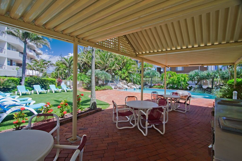 1305/10 Vista Street, Surfers Paradise QLD 4217, Image 2