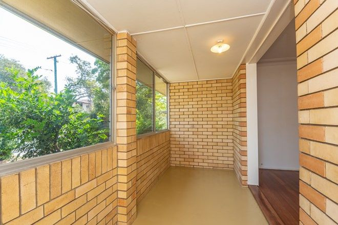 Picture of 25 Kalimna Drive, CLONTARF QLD 4019