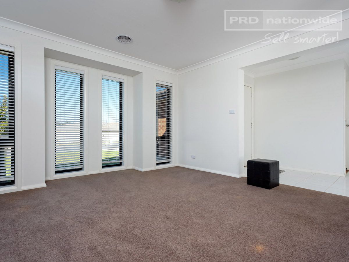 38 Mirrul Street, Glenfield Park NSW 2650, Image 1