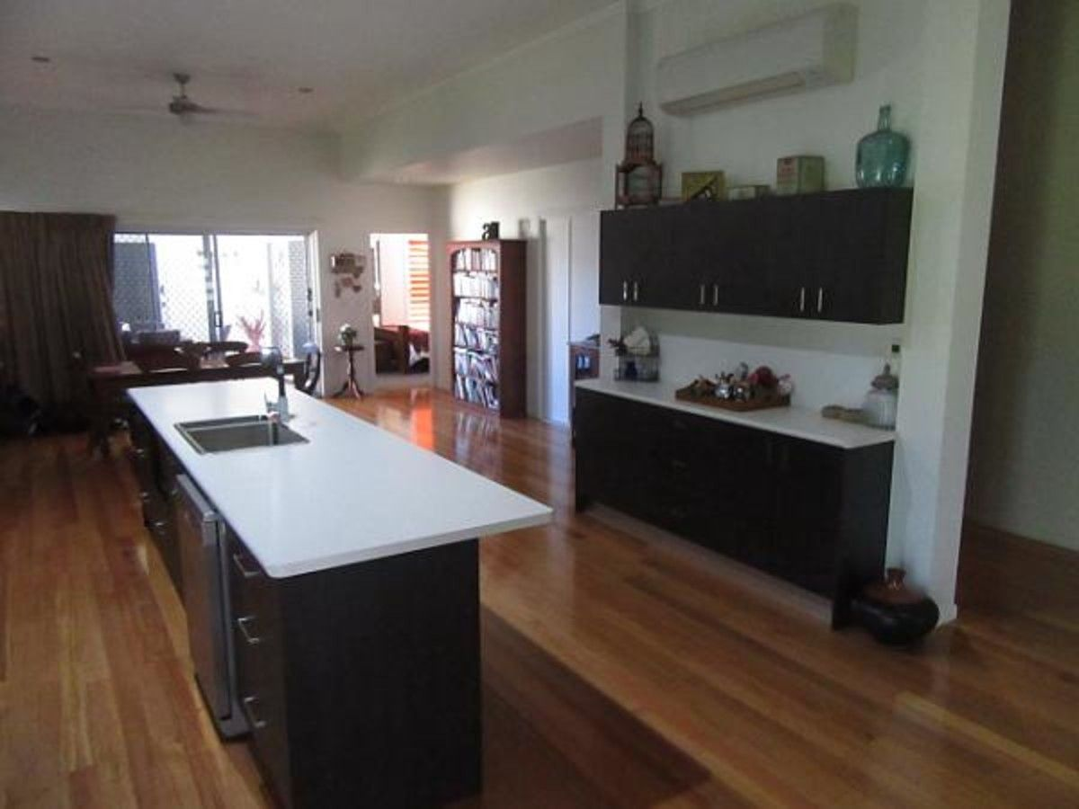 10 Melaleuca Close, Forrest Beach QLD 4850, Image 2